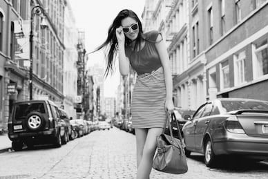 Dame mit Sonnebrille