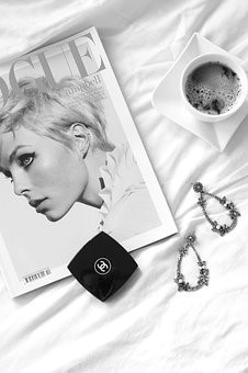 Dame-Vogue+Chanel-s-w